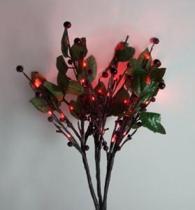 """LD217B Светодиодная декоративная ветка """"Красные ягоды с листьями"""""""